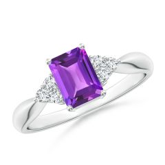 Emerald-Cut Amethyst Solitaire Ring with Trio Diamonds
