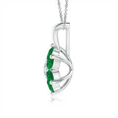 Toggle Classic Six Petal Emerald Flower Pendant with Diamond