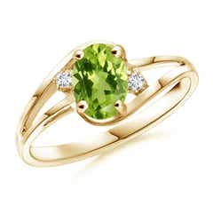 Split Shank Solitaire Oval Peridot and Diamond Ring