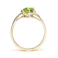 Toggle Peridot and Diamond Split Shank Ring