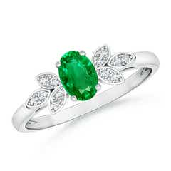 Vintage Style Oval Emerald Ring with Diamond Accents