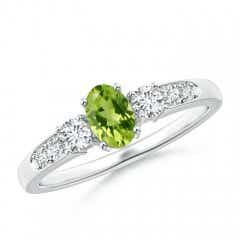 Three Stone Oval Peridot and Diamond Ring with Accent
