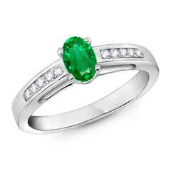 Oval Solitaire Emerald Ring with Diamonds