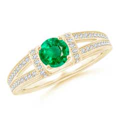 Vintage Style Emerald Split Shank Ring with Diamonds
