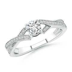Solitaire Round Diamond Criss Cross Shank Ring