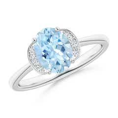 Solitaire Oval Aquamarine and Diamond Collar Ring