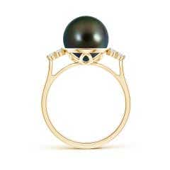 Toggle Tahitian Cultured Pearl Ring with Trio Diamonds