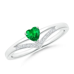 Solitaire Heart Emerald and Diamond Chevron Ring