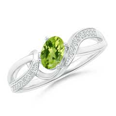 Solitaire Oval Peridot Twisted Ribbon Ring with Pave Diamond Accents