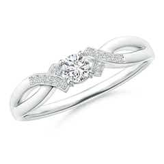Solitaire Diamond Criss-Cross Ring
