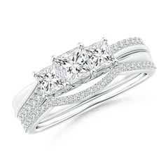 Princess-Cut Diamond Three Stone Bridal Set