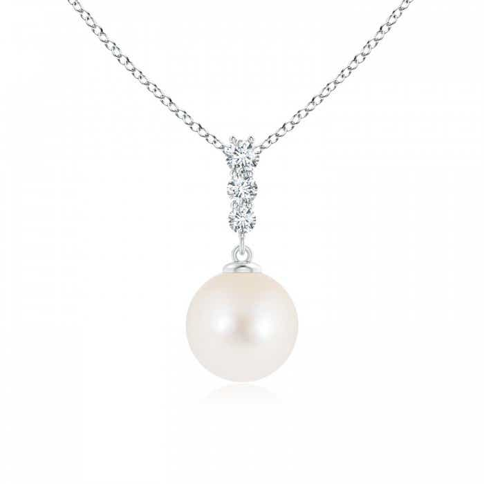 Angara Freshwater Cultured Pearl Pendant with Graduated Diamonds