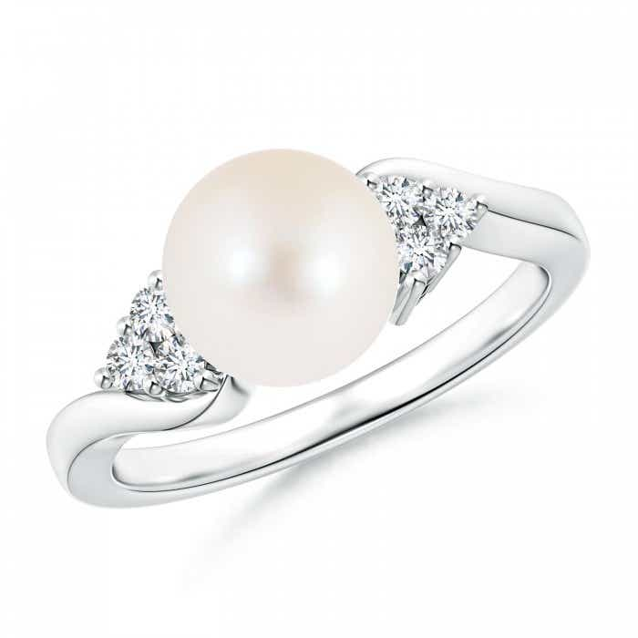 Angara Freshwater Cultured Pearl Ring with Trio Diamonds 2lNW4B