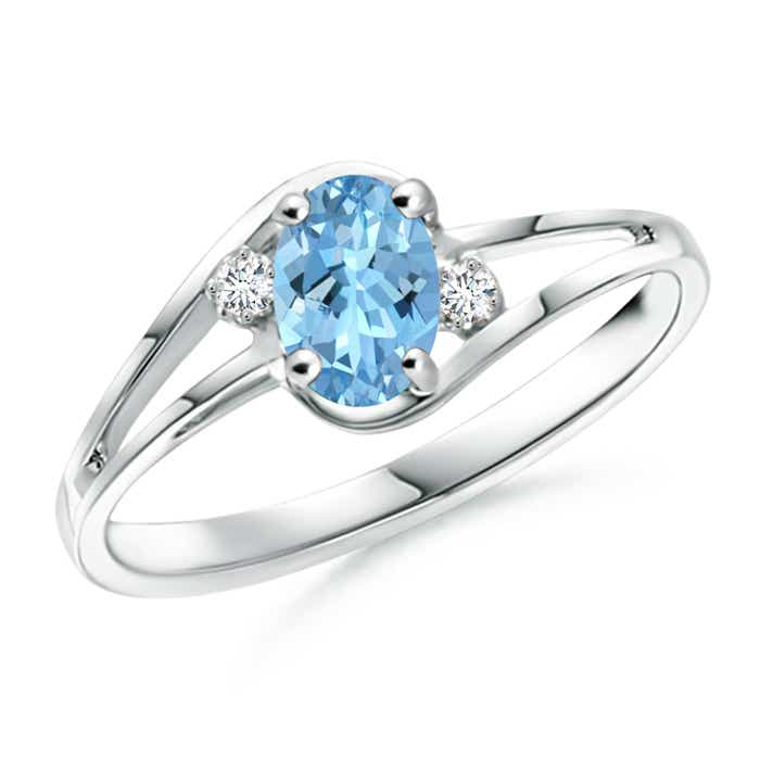 Split Shank Solitaire Oval Aquamarine and Diamond Ring